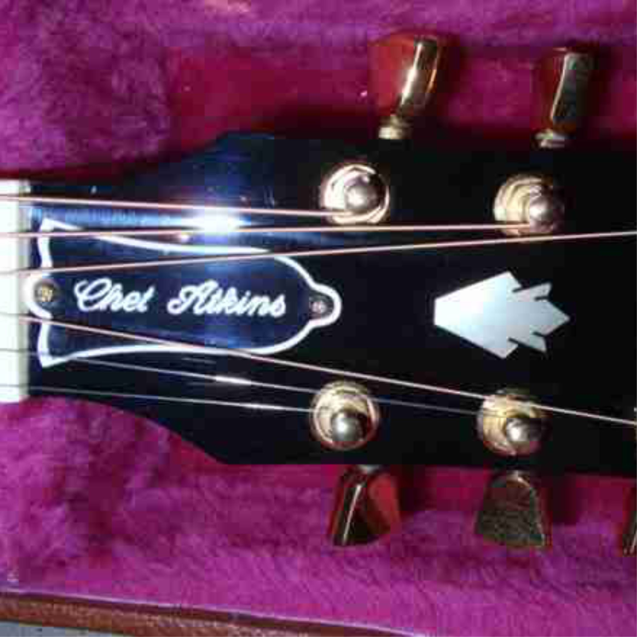 Custom Black And White Plactic Truss Rod Cover On Gibson